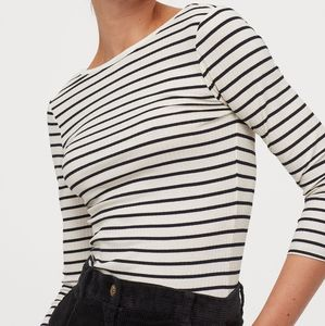H&M | White w/black stripes Fitted top